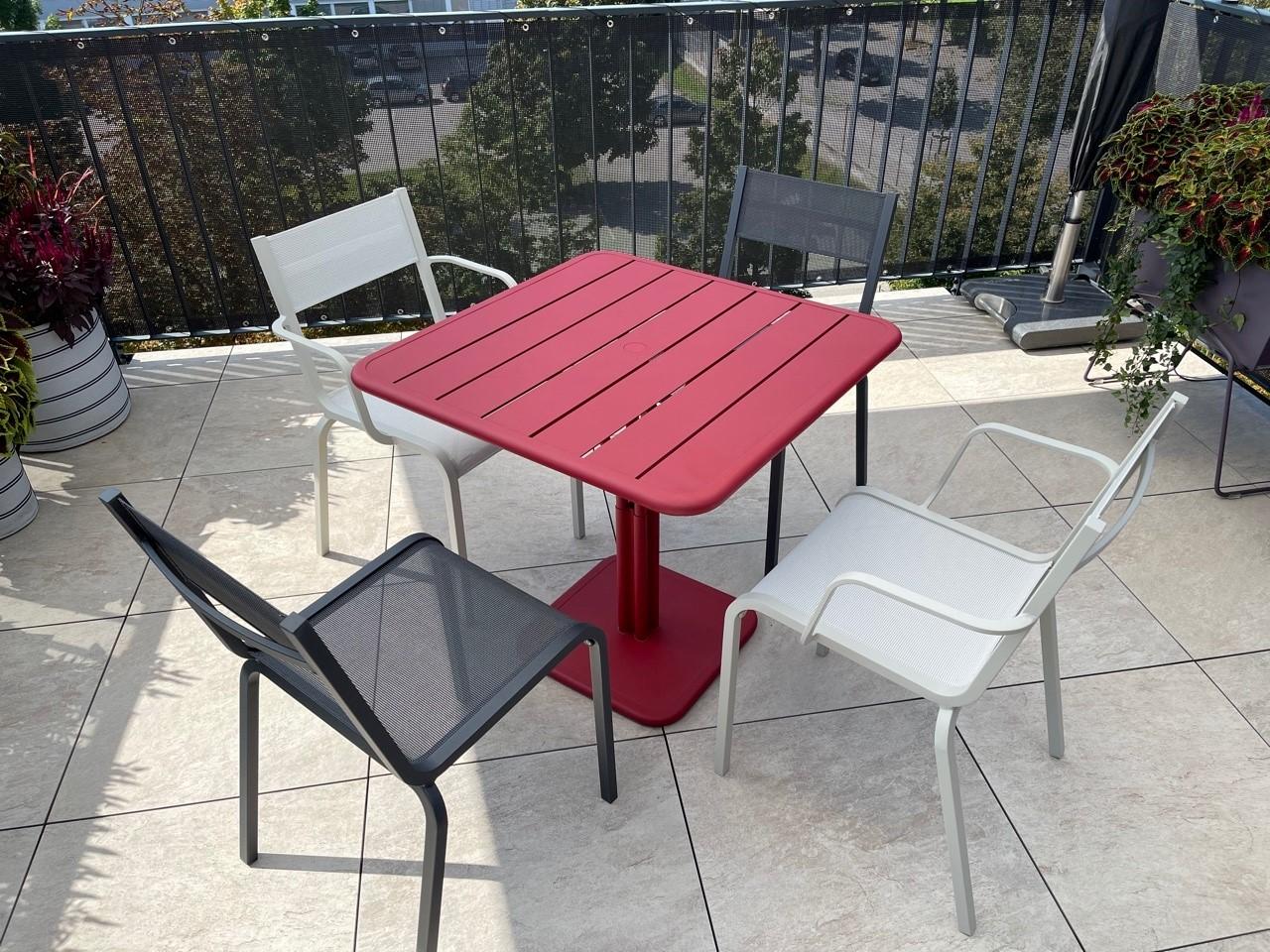 Oleron Stühle und Luxembourg Tisch